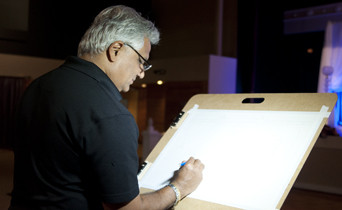 Tesh Parekh live wedding painter